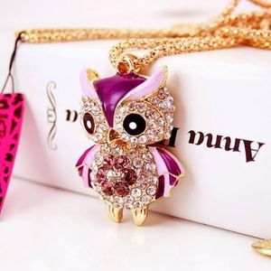 NWT Betsey Johnson owl necklace